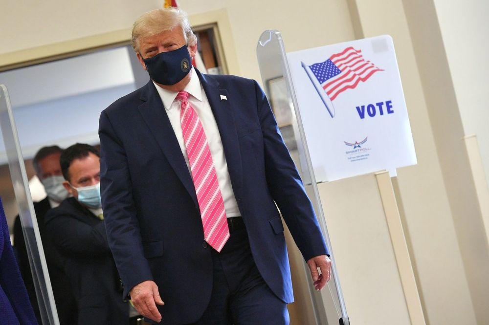 E.E.U.U.: Donald Trump ya votó y criticó a las urnas por correo