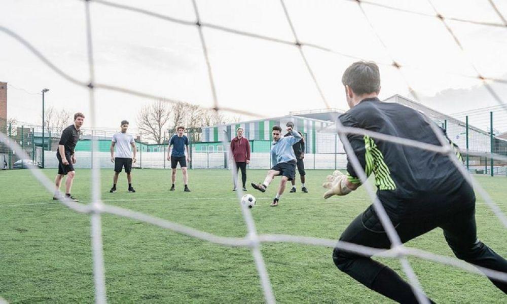 Habilitan deportes de hasta 10 personas en zonas sin casos activos