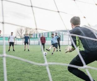 foto: Habilitan deportes de hasta 10 personas en zonas sin casos activos