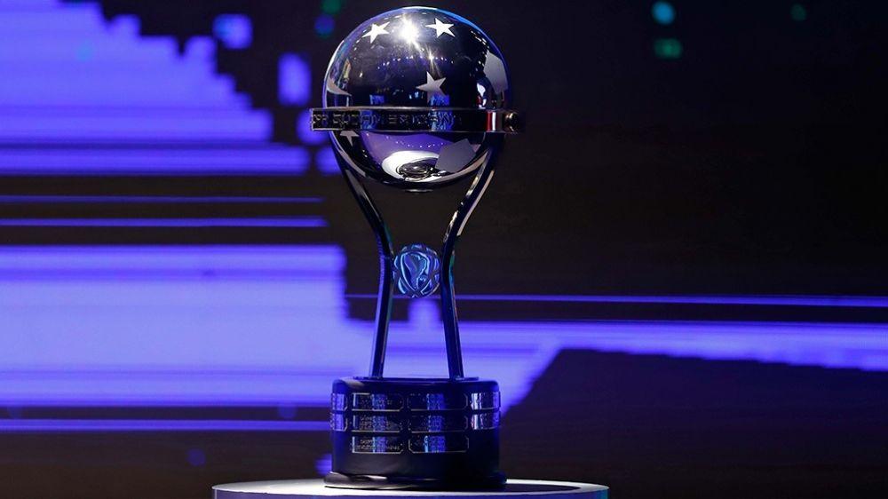 Fútbol: la Copa Sudamericana vuelve luego de ocho meses