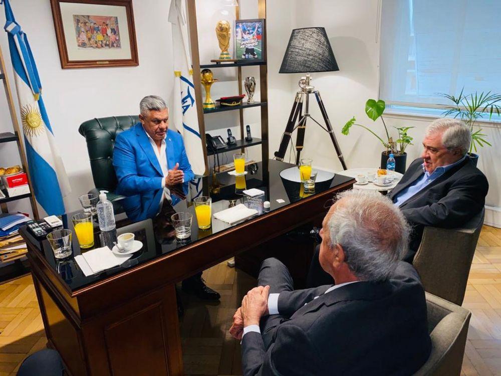 Tapia se reunió con Ameal y DOnofrio en medio de grandes diferencias