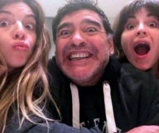 foto: Los emotivos saludos de Dalma y Giannina Maradona por el cumpleaños de Diego