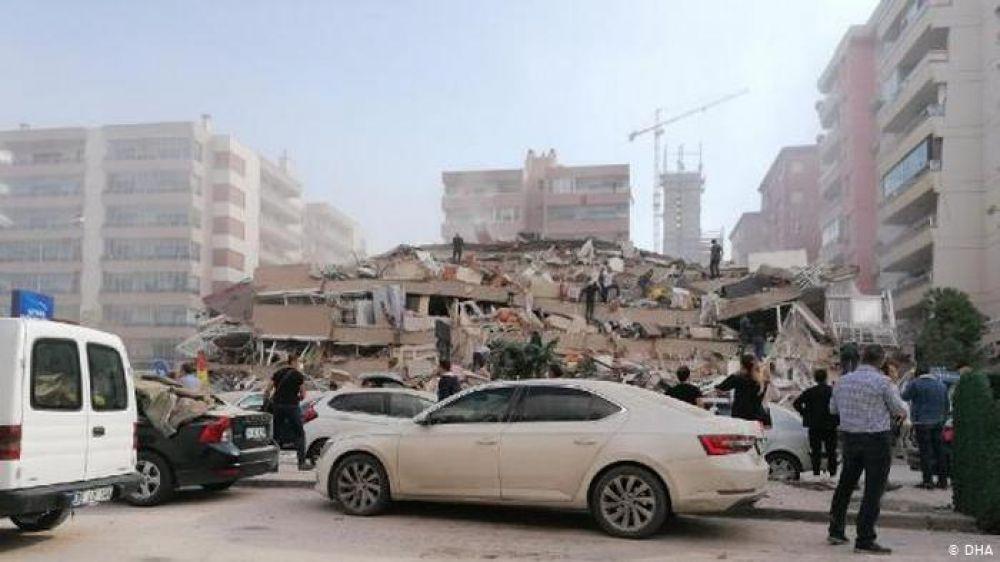 Violento terremoto de magnitud 7 impactó en Turquía y Grecia