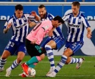 foto: Barcelona empató ante Alavés y sigue mal en la liga española