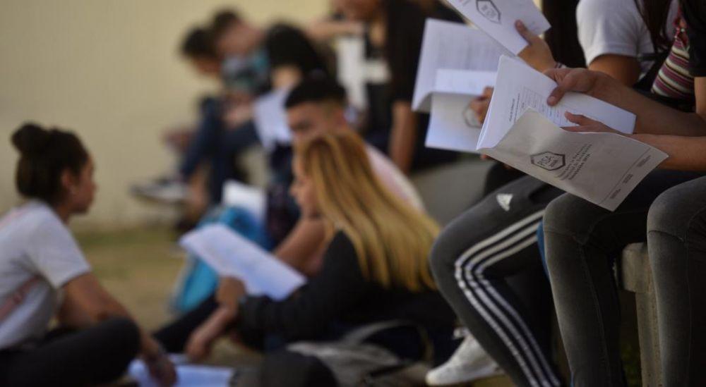 Trotta: El ciclo lectivo se podrá extender hasta el 30 de abril