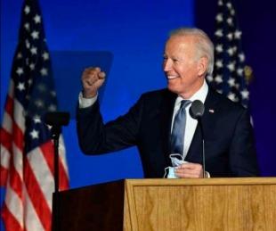foto: La líder demócrata en el Congreso llama a Biden como