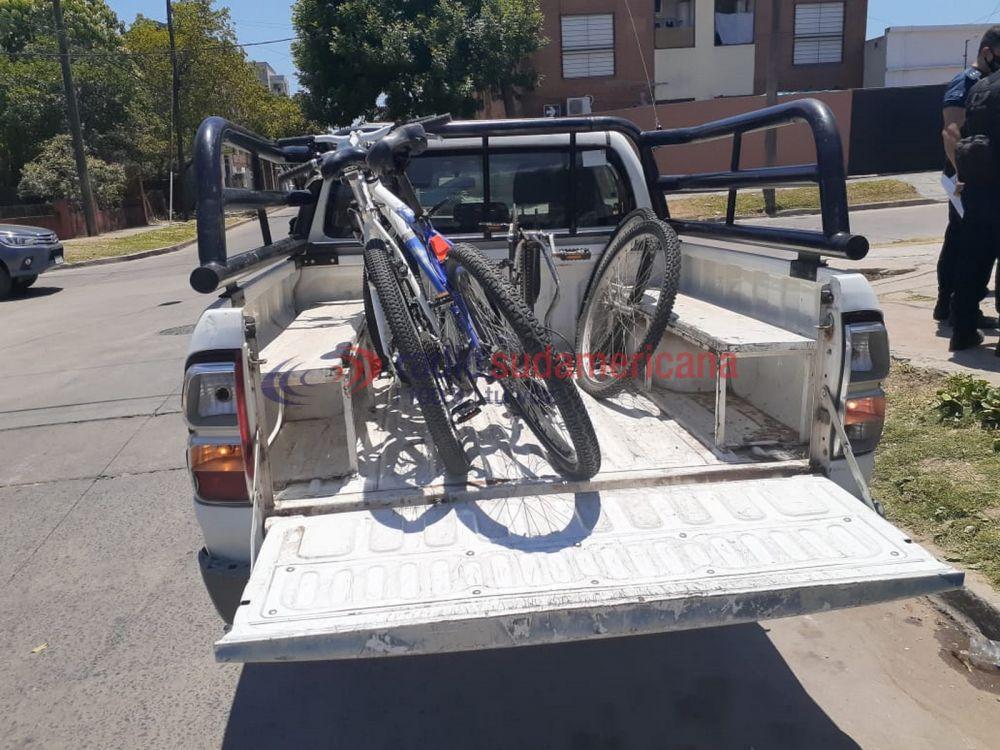 Recuperaron bicicletas de alta gama y notebooks de un allanamiento