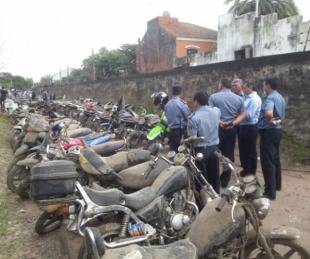 foto: Confiscan una moto con pedido de captura en inspección de un taller