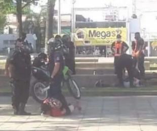 foto: Se pelearon a golpes y con cuchillos en pleno centro correntino