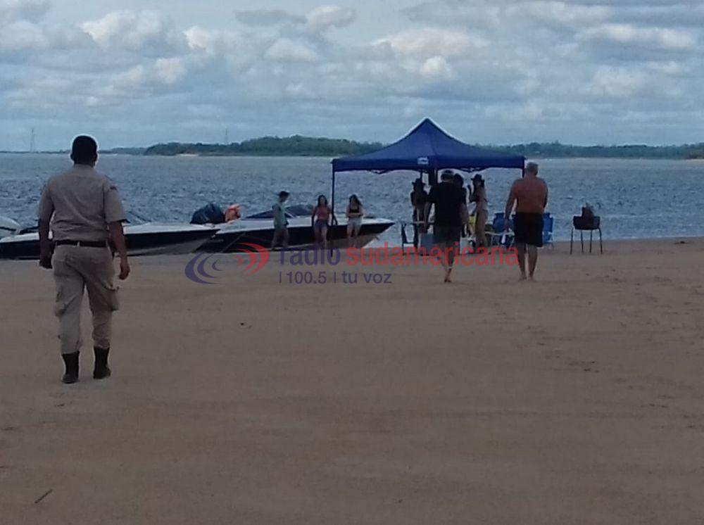 Corrientes: Prefectura y Policía inspeccionaron el banco de arena