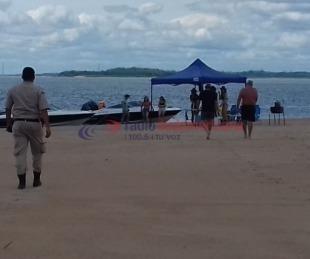 foto: Corrientes: Prefectura y Policía inspeccionaron el banco de arena