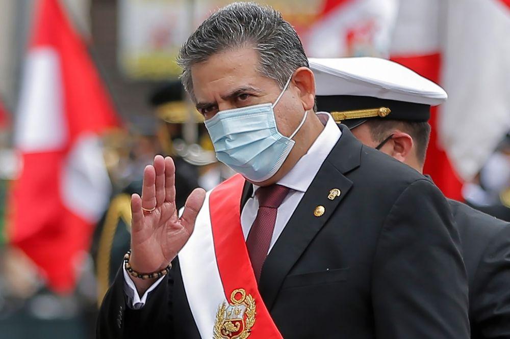 Perú: Manuel Merino renunció a la presidencia tras las protestas