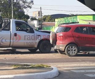 foto: Camioneta chocó y arrastró por varios metros a otro vehículo