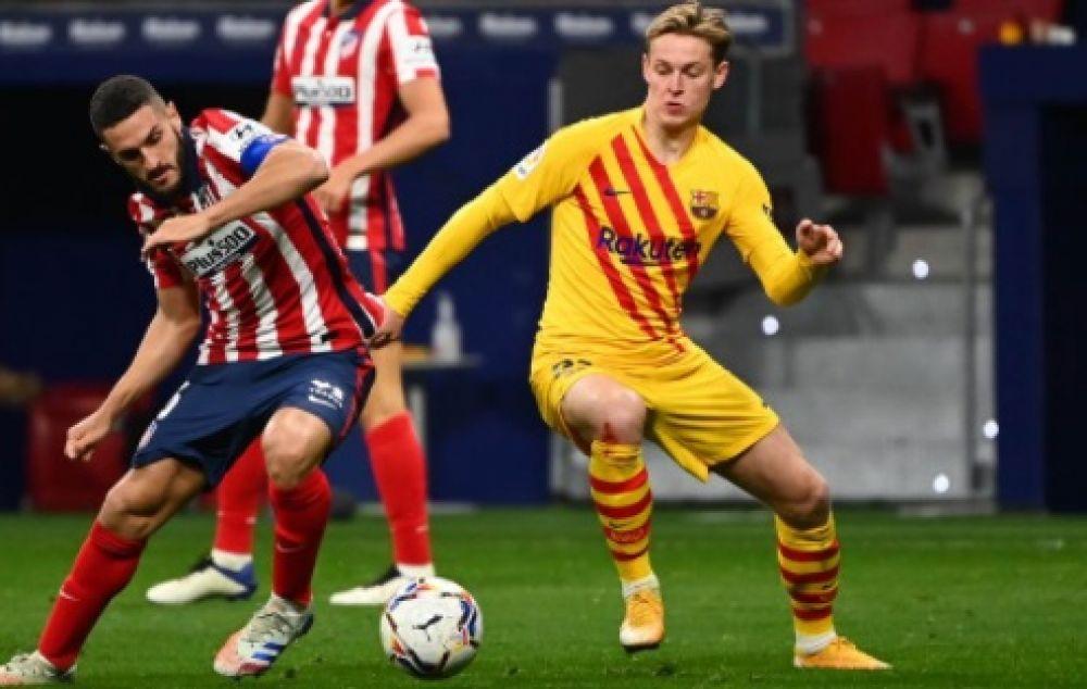 Atlético Madrid derrotó a Barcelona y es puntero de la liga española