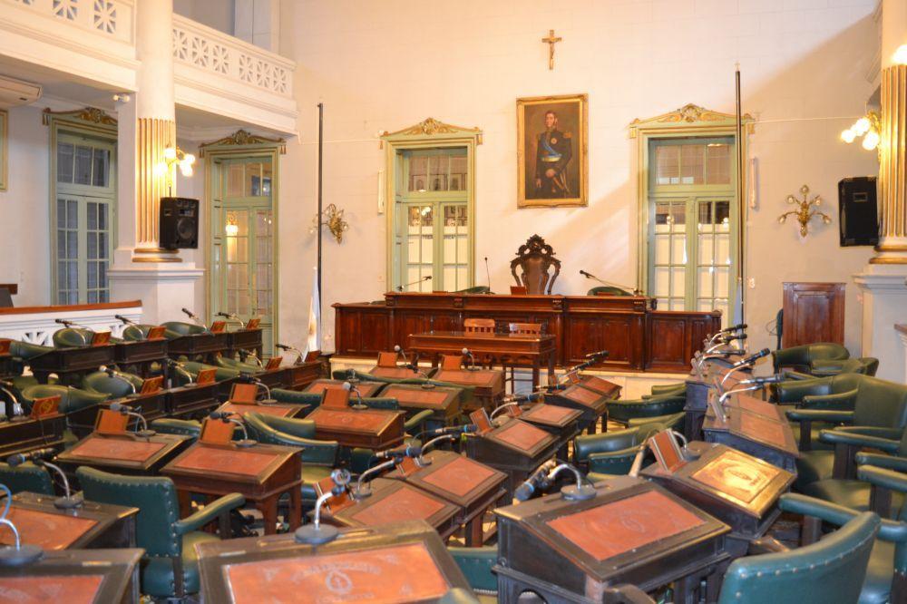 El Poder Legislativo adhiere al asueto hasta el 30 de noviembre