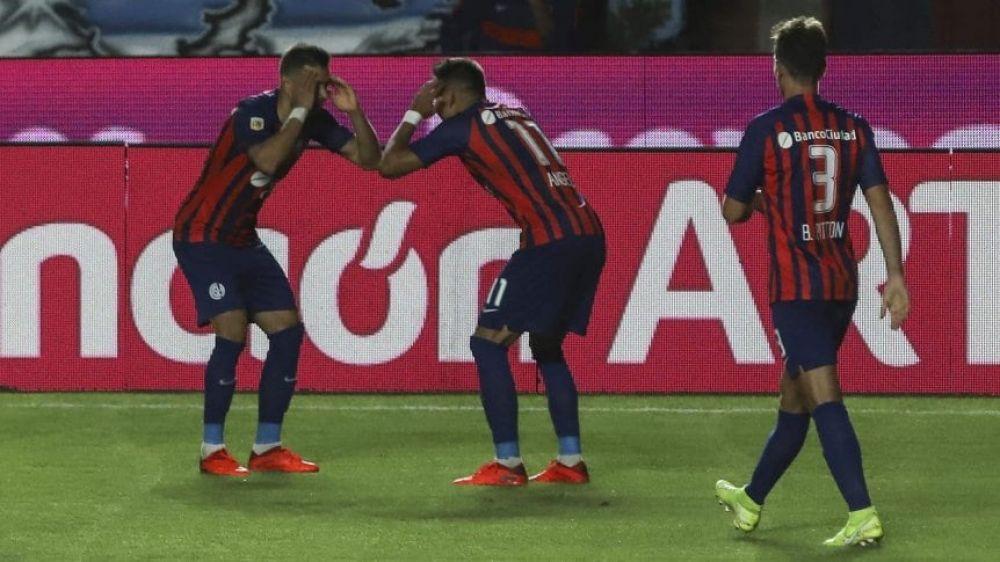 San Lorenzo venció a Argentinos y quedó a un paso de clasificar