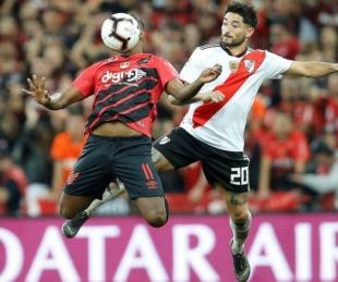 foto: Covid: Paranaense sufrió un brote a horas del partido con River