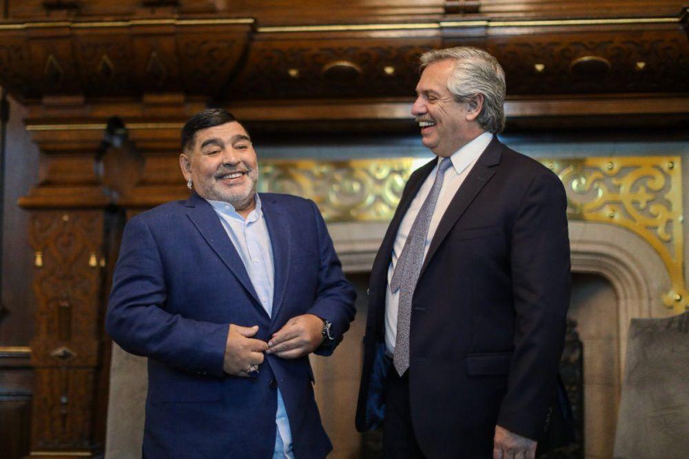 Tres días de duelo nacional por la muerte de Diego Maradona