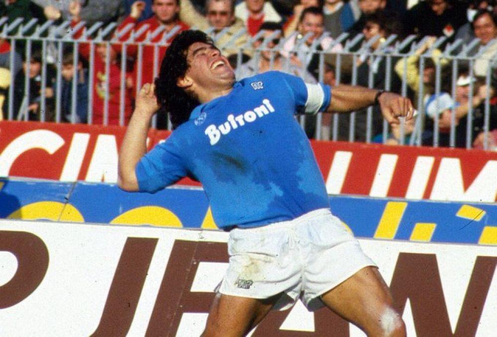 Nápoles lllora a Maradona: Para el napolitano, Diego nunca se fue