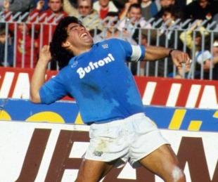 Nápoles lllora a Maradona: