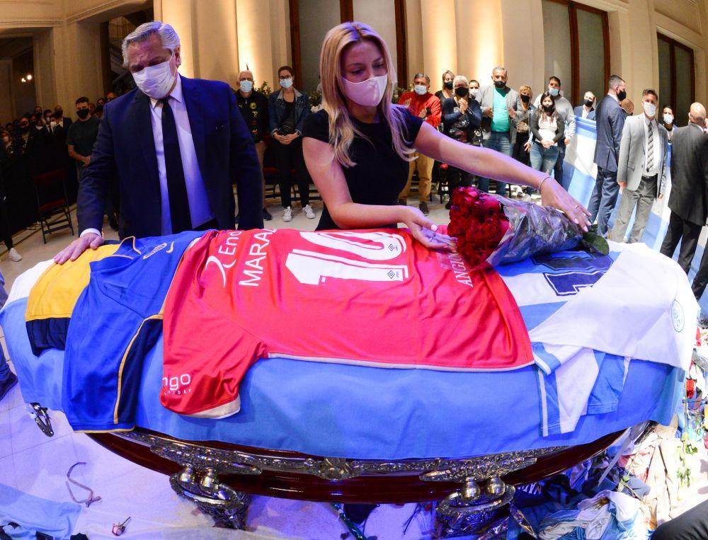 El emotivo adiós de Alberto Fernández a Diego Maradona
