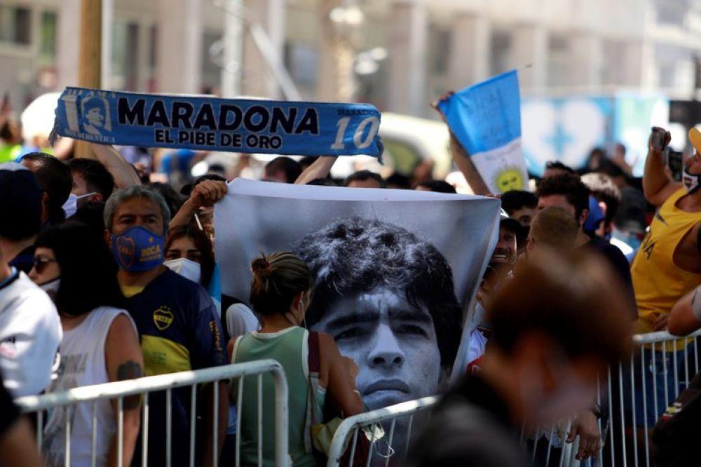 Quiero que me embalsamen y me exhiban: el pedido que dejó Diego Maradona