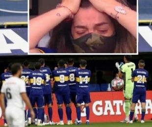 foto: El desconsolado llanto de Dalma en el primer gol de Cardona