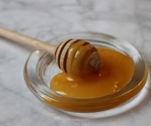 foto: La Anmat prohibió dos marcas de miel y una bebida probiótica