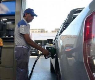 foto: Naftas: para frenar la inflación, Nación aplaza 15 días otro aumento