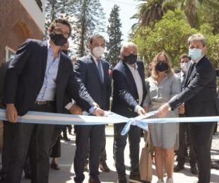 foto: Valdés participó de la inauguración del laboratorio de Cannabis