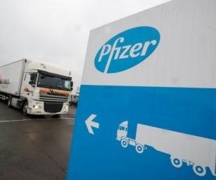 foto: Vacunas: Pfizer fabricará sólo la mitad de lo que había anunciado