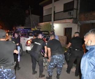 foto: La Policía demoró a 37 personas, secuestró un auto y cinco motos