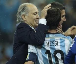 foto: El conmovedor mensaje de Messi por la muerte de Sabella