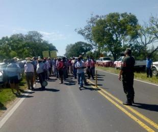 foto: Productores tabacaleros independientes cortaron ruta de acceso a Goya