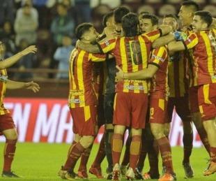 Boca Unidos ganó 2-1 en su visita a Defensores de Belgrano