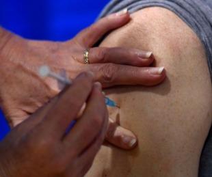 foto: EE UU: comienzan a aplicar la vacuna de Pfizer contra el Covid