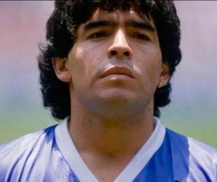 foto: Aseguraron ver a Diego Maradona en una mancha de humedad en la pared