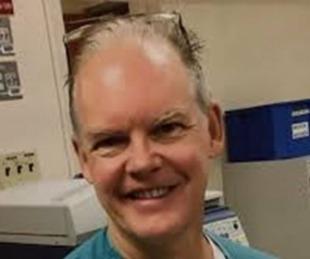 foto: Investigan la muerte de un médico que recibió la vacuna
