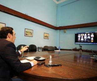foto: Valdés se reúne con los intendentes por la situación epidemiológica