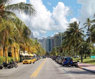 foto: Más argentinos viajan a Miami para aplicarse la vacuna contra el coronavirus