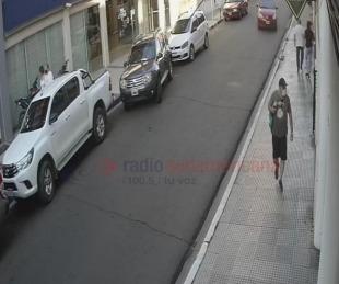 foto: Indignante: pidió para probar una bicicleta, no volvió y quedó grabado