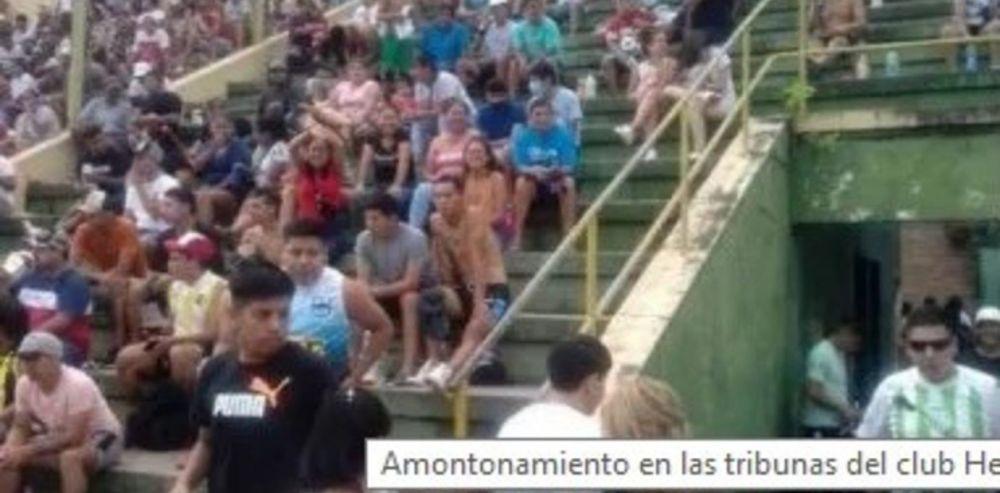 Torneo de fútbol clandestino con tribunas llenas de hinchas sin barbijos