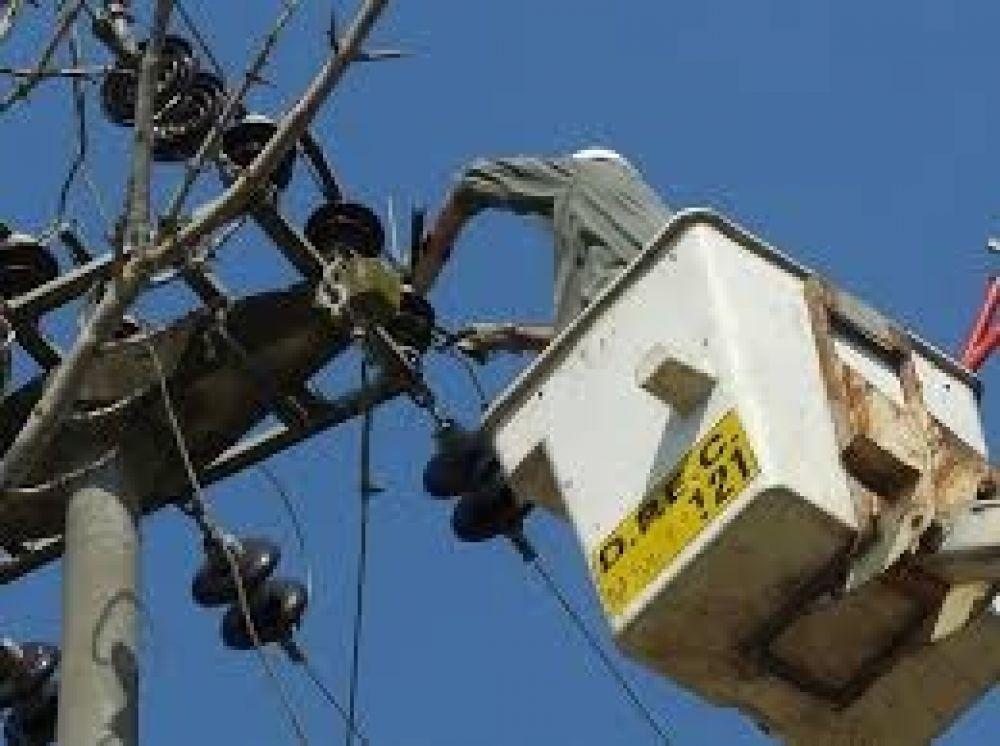 DPEC realizará trabajos de mantenimiento por cambio de postes