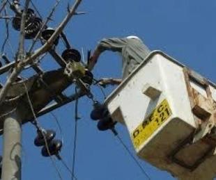foto: DPEC realizará trabajos de mantenimiento por cambio de postes