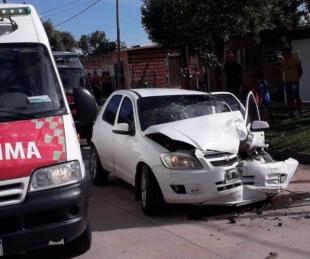 foto: Cuatro nenas y una mujer sufrieron lesiones tras una colisión