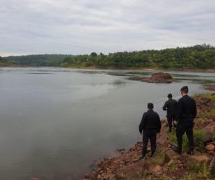 foto: Tres hermanos de 8, 10 y 13 años murieron ahogados en el Paraná