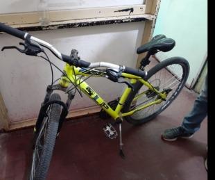 foto: La policía recuperó una bicicleta robada en el Bº Santa Rita