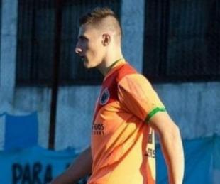 foto: La Plata: conmoción por la muerte de un jugador de 22 años