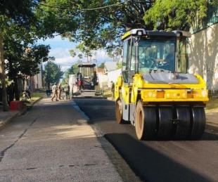 foto: Provincia intensifica las obras de mejorado de calles con asfalto caliente
