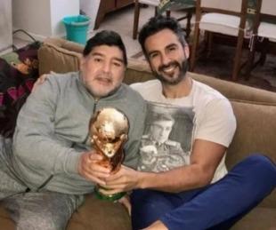 foto: La firma de Maradona fue falsificada y se complica la situación del médico